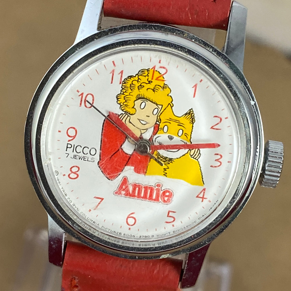 Vintage Other - Vintage Original Hand Wind Orphan Annie Red Watch